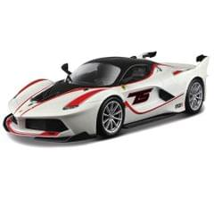 Burago Ferrari FXX K White Color, 1:24 Scale Die Cast Metal Collectable Model Car