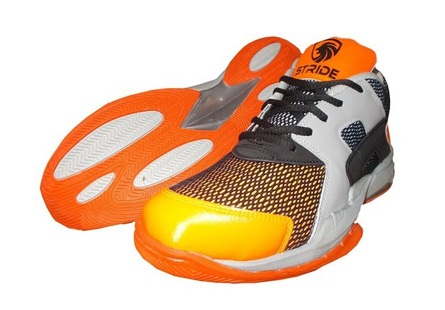 Port Men's Stride Orange PU Badminton Shoes