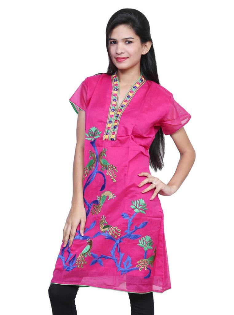 Port Women fashion  Pink Kurti