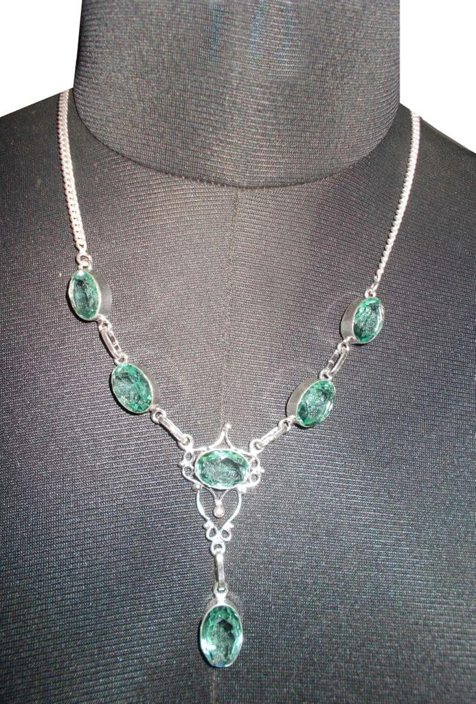 Port Exclusive Silver Plated Green Gems Studded Necklace