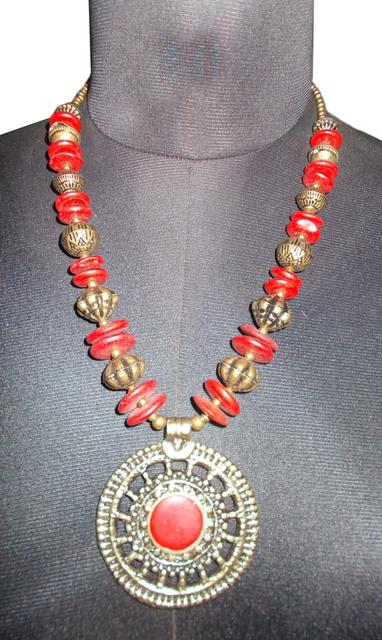 Port Exclusive Handmade Red Beaded Necklace