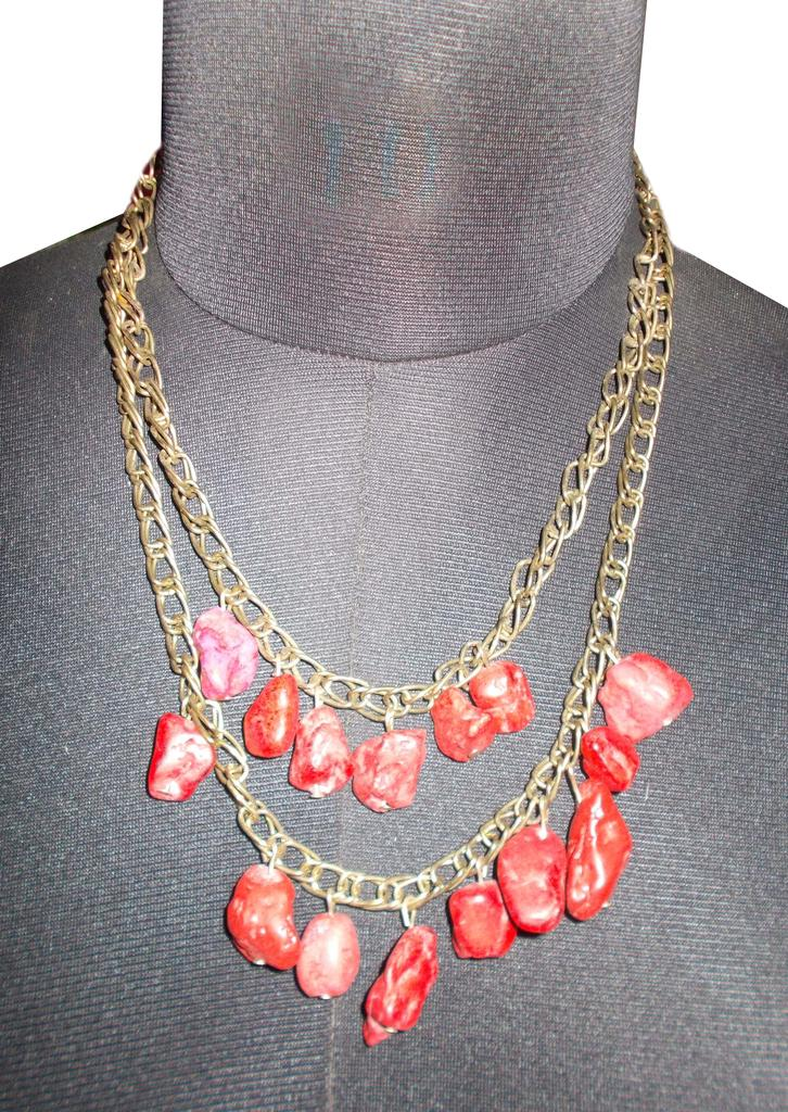 Port Exclusive Red Gemstones Studded Necklace