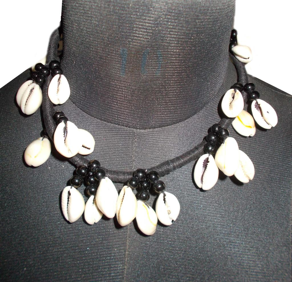 Port Exclusive White Sea Shell Studded Necklace