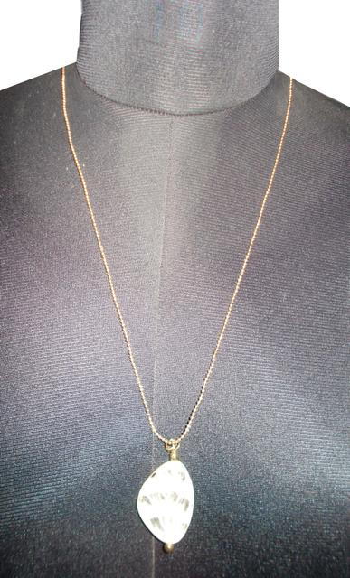 Port Exclusive Beige Stone Pendant With Gold Plated Chain