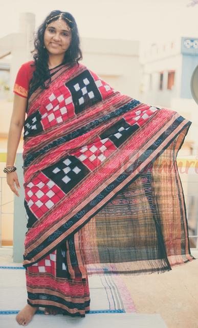 Bichitrapuri Cotton - Red, Black and White