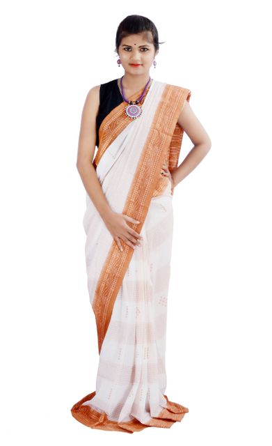 Sachipar Saree in White And Brown