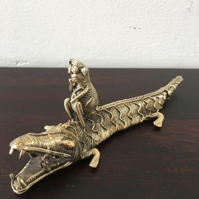 Dhokra - Monkey On Crocodile