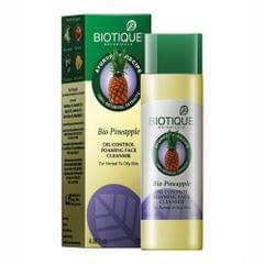 Biotique Bio Pineapple Oil Control Foaming Face Cleanser
