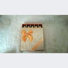 GOLDEN CHOCOLATE BOX
