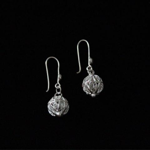 Single Circle Silver Filigree Earrings
