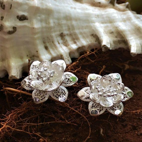 Silver Filigree Lewisia Earrings