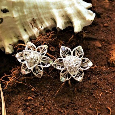 Silver Filigree Elegant Earrings