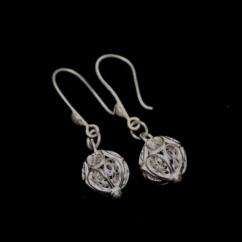 Circle Drop Silver Filigree Earrings