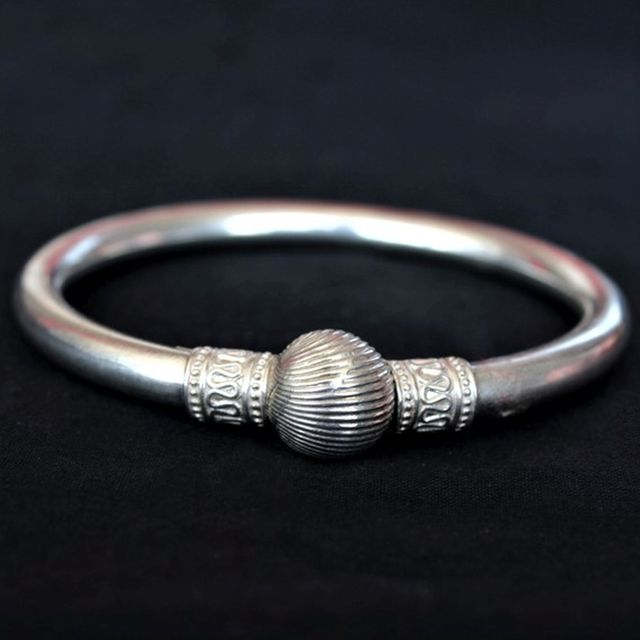 Silver Plain Ball Bangle