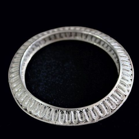 Elegant Silver Filigree Bangle