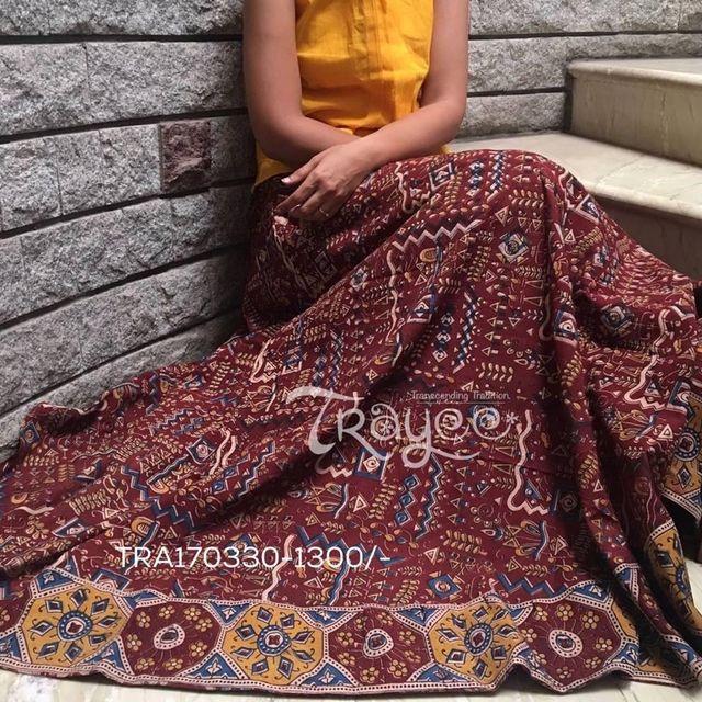 Trayee Maroon Cotton Kalamkari Printed Full Length Flared Skirt