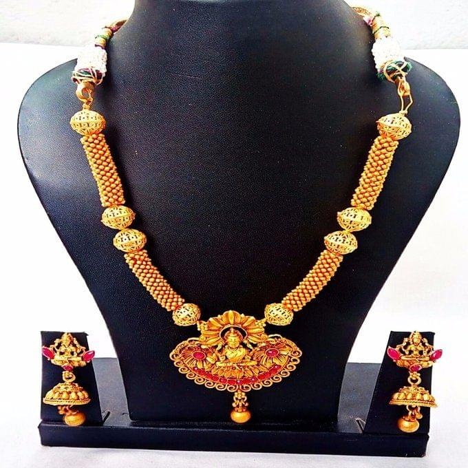 Smile Decors Matt Finish Lakshmi Temple Jewellery Set