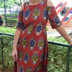 Trayee Maroon Kalamkari Cold Shoulder Dress Size M