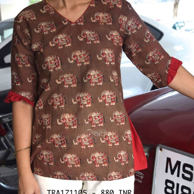 Trayee Maroon Kalamkari Flare Shirt with Pleated Sleeves