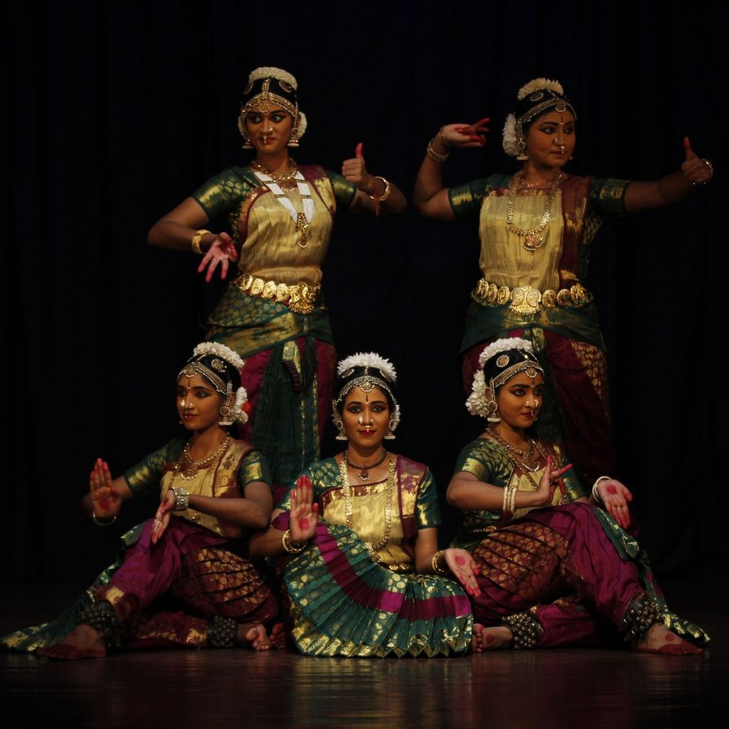 Bharatanatyam Classes For Women