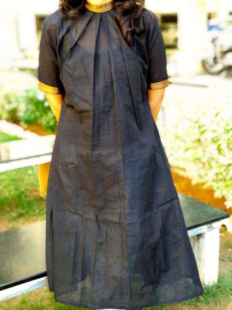 Trayee Black Mangalagiri Kurta/Dress