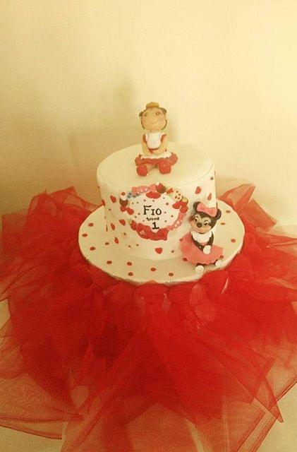 Dolce Olivia Red and White Theme Cake (1kg)