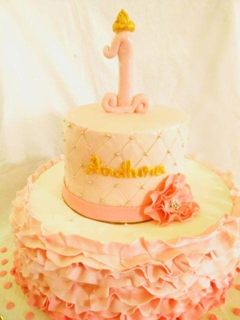 Dolce Olivia Ombre Fondant Ruffles Cake for Princess (1kg)
