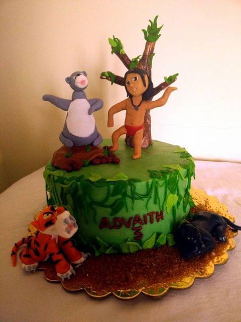 Dolce Olivia Jungle Birthday Cake (1kg)