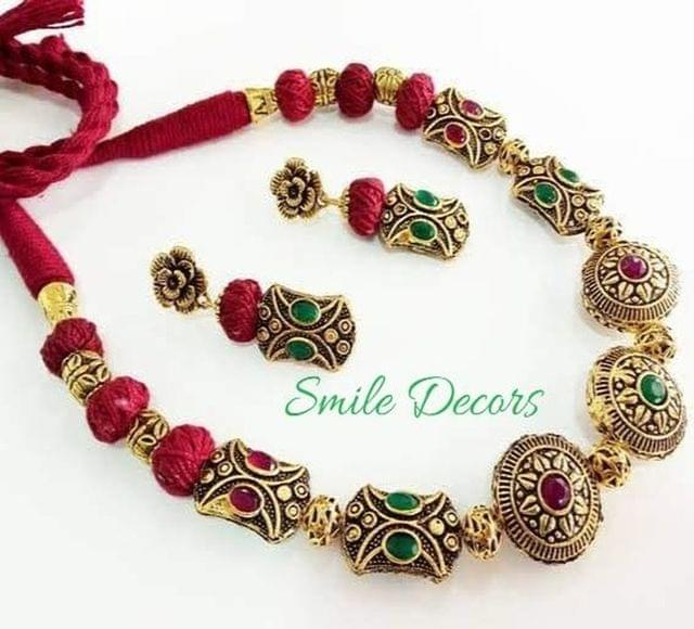 Smile Decors Victorian Beads Jewellery Set