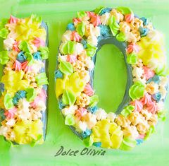 Dolce Olivia Number Cake (2.5kgs)