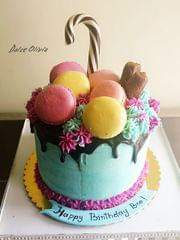 Dolce Olivia Chocolate Drip Cake with Homemade Macarons (1.5kgs)