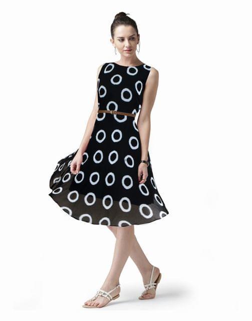 Owomaniya  Black Printed Georgette Western Dress