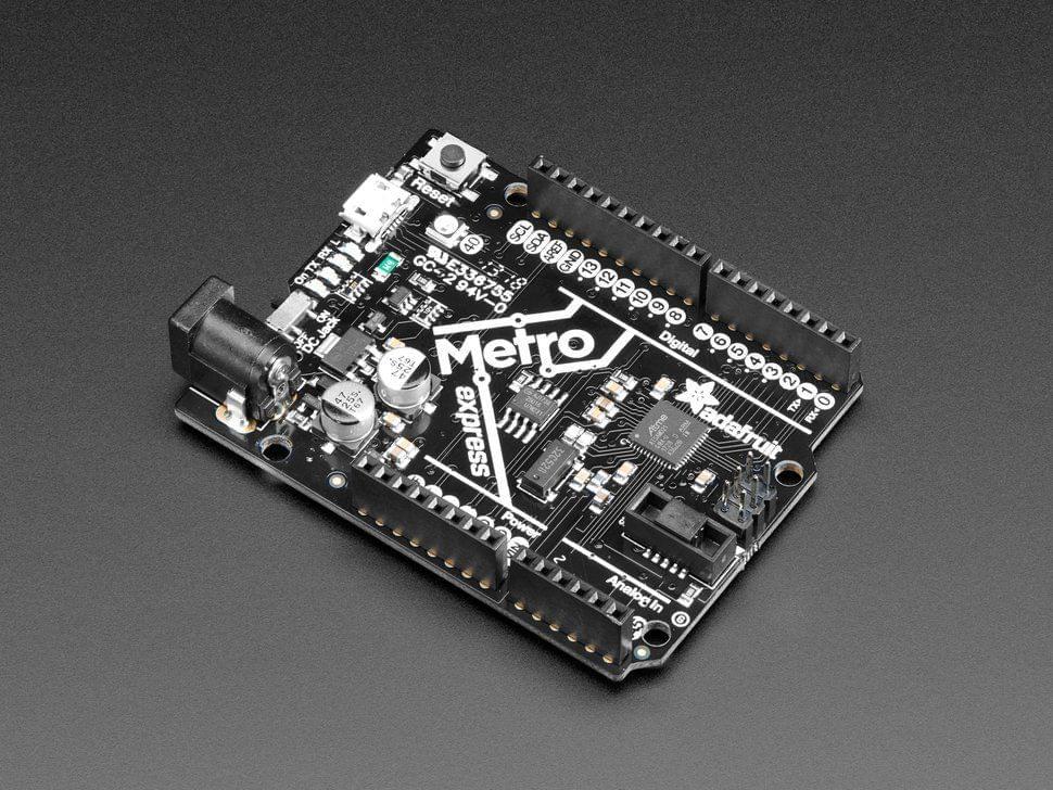 Adafruit METRO M0 Express - designed for CircuitPython - ATSAMD21G18