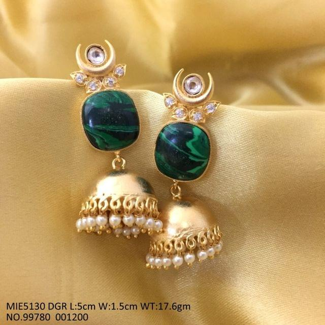 High quality earrings/jhumka with an year warranty