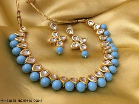Buy this beautiful Necklace made of Kundan and Pearl with beautiful pair of earrings