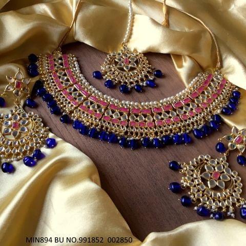 Kundan + Pearl Necklace with Beautiful pair of Jhumka/earrings and Mangtika