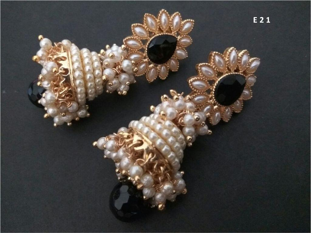 Gold plated Jhumka with pearls