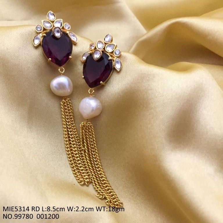 High class Brass earring with semi precious stone and pearl