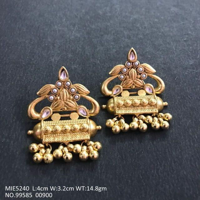 Beautiful Gold Plated Earring with 1 year warranty