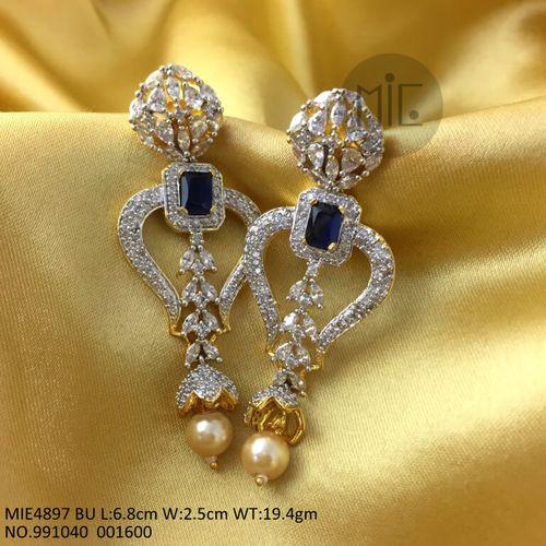 High Class Dangler made of American Diamond and Precious Stone