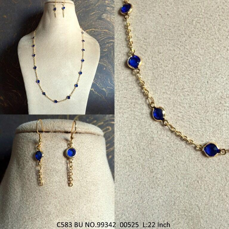 Chain with beautiful pair of earrings