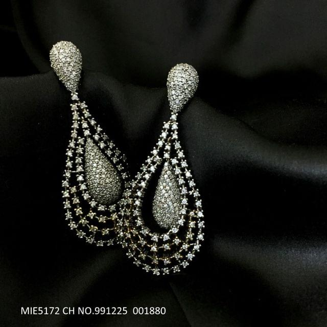 Buy this Beautiful pair of american diamond earring
