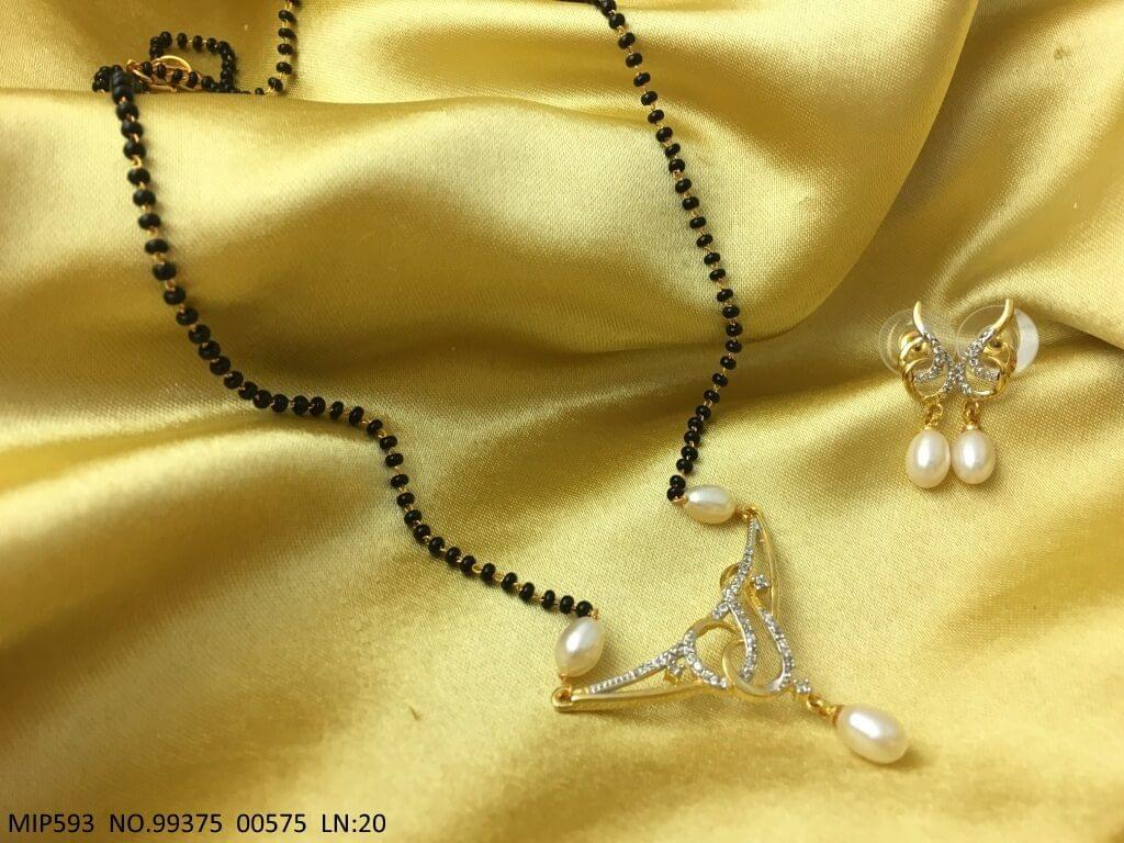 American Diamond Pendant set along with Pearl Chain