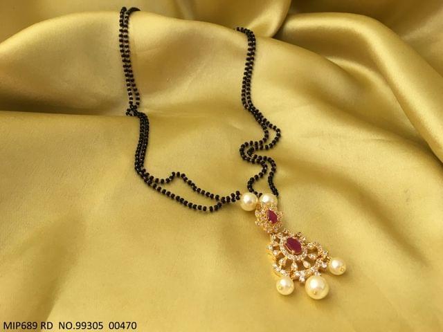 Beautiful Pendant set coupled with Semi Precious Stone . It is coupled with pair of beautiful Jhumki