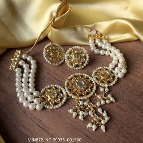 Kundan Necklace with fresh water pearl chain