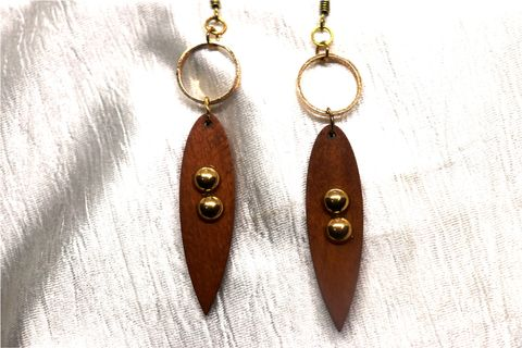 Awesome Danglers : 10.5 centimeters in length