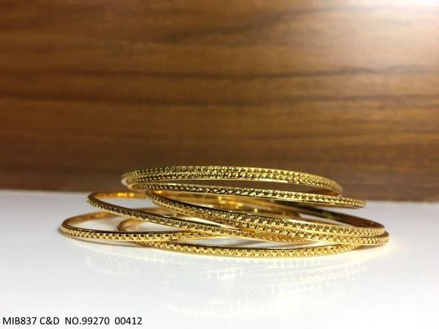 Beautiful set of 6 Bangles with an year warranty