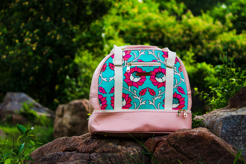 'Taawa' Duffel – Flamingo Pink