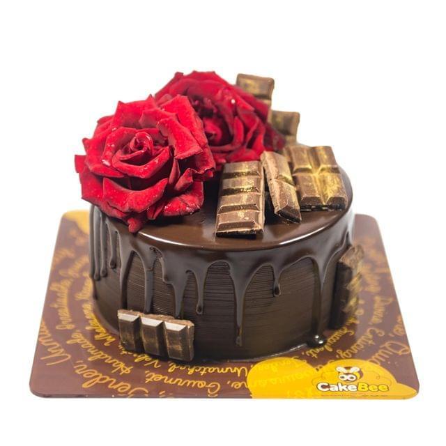 Real Roses Cake