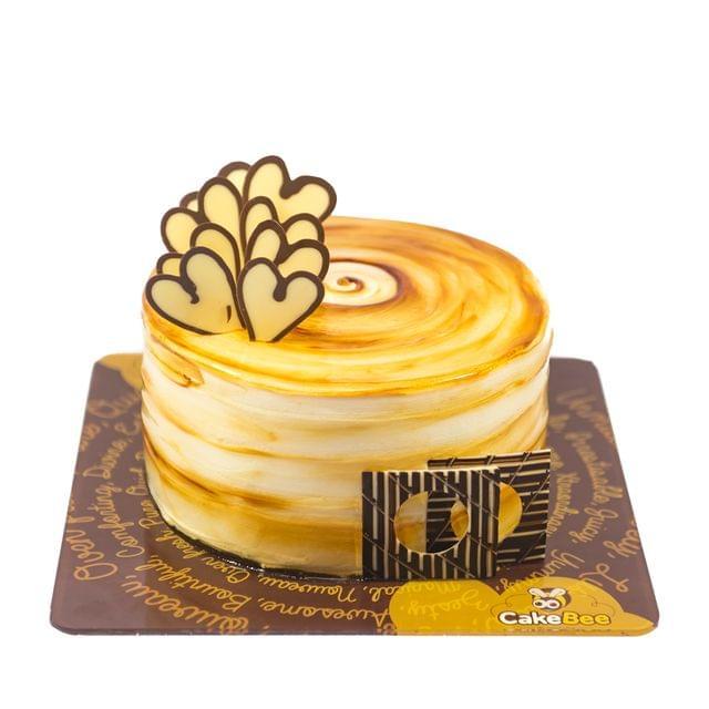 Circle of Hearts Cake